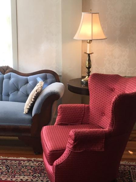 LR chair 1